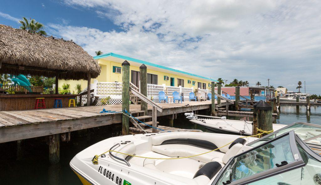 Rental boat at Bayview Inn Hotel