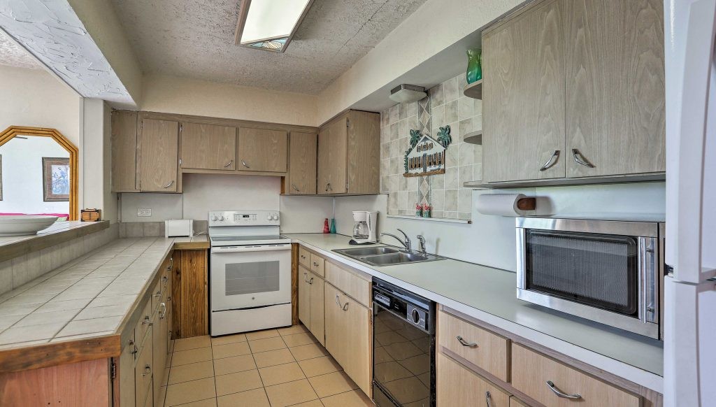Second story apartment kitchen